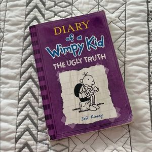 Other - 📚 3/$10 Diary of a Wimpy Kid The Ugly Truth Book